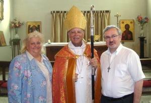 Episcopul cu Mihaela si Danut