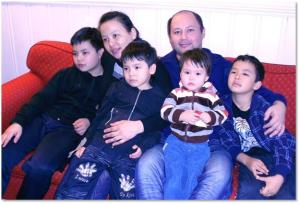 Pastor Makset with family